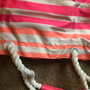PINK Victoria's Secret Bags - 💖💖💖NEW VÍCTOR SECRET TOTE💖💖💖